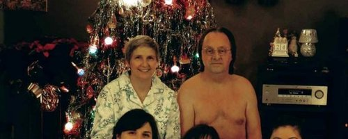 Awkward Christmas Family Photos