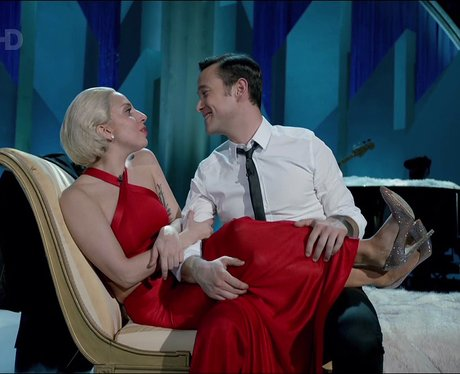 Lady Gaga and Joseph Gordon Levitt duet