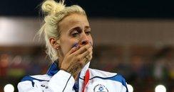 Lynsey Sharp wins 800m silver