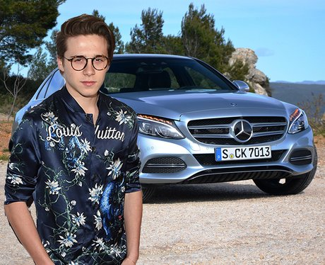 Best celebrity pictures 8th july 2016 celebrities for Motor vehicle in brooklyn