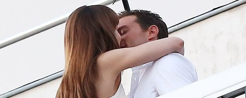 Jamie Dornan and Dakota Johnson kiss