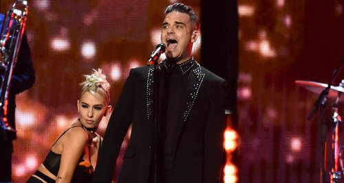 Robbie Williams LIVE BRITs 2017